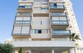 4 bedroom apartments by the sea for sale in Benidorm. Apartment of 4 bedrooms in Benidorm