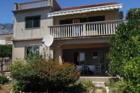 Property for sale in Dubrovnik Neretva County. Seaview cottage with a large garden, a parking space and a terrace, Orebic, Pelješac, Croatia. High rental potential!