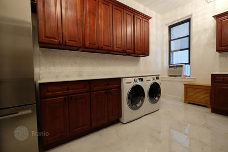 4 bedroom apartments to rent in Manhattan. 7th Avenue