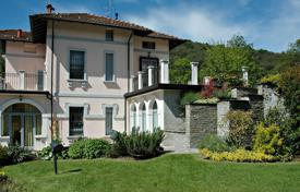 Property for sale in Piedmont. Ancient villa with a private park next to Lake Maggiore, in a residential area above the town of Stresa, Italy
