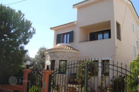 5 bedroom houses for sale in Greece. Two-storey house in the southern district of Athens