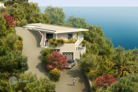 Luxury apartments with pools for sale in Roquebrune - Cap Martin. Villa with beautiful panoramic sea views above Monaco in Roquebrune-Cap-Martin, on the Cote-d`Azur, France