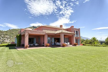 Luxury 6 bedroom houses for sale in Costa del Sol. Magnificent Hillside Villa in Marbella Club Golf Resort, Benahavis