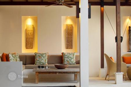 4 bedroom villas and houses by the sea to rent in Bali. Villa – Jimbaran, Bali, Indonesia