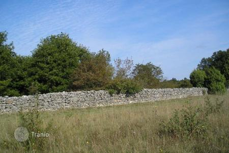 Development land for sale in Istria County. Agricultural land Large plot in Sosici