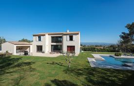 Residential for sale in Meyrargues. Close to Aix-en-Provence - Contemporary house