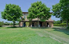 Property for sale in Castiglione del Lago. Adorable Umbrian stone country house with a wonderful panoramic view of the hills surrounding Castiglione del Lago