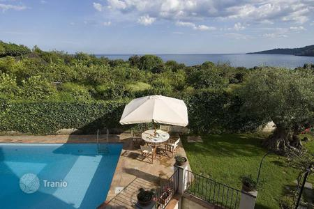 Coastal villas and houses for rent in Sicily. Villa - Acireale, Sicily, Italy