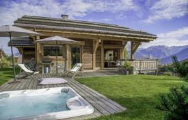 A beautiful chalet of 202 m² with an outdoor jacuzzi for 2,080,000 €