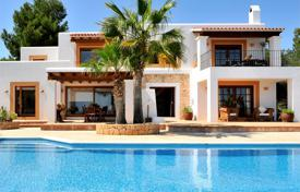 3 bedroom villas and houses to rent in Balearic Islands. Villa with terrace and views of sea, beaches Salinas and Cala Jondal for rent, on a hill, next to the Old Town, Ibiza, Spain
