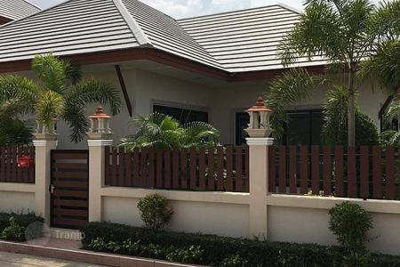 Houses for sale in Southeast Asia. New three-bedroom house with a garden in Pattaya, Huay Yai area