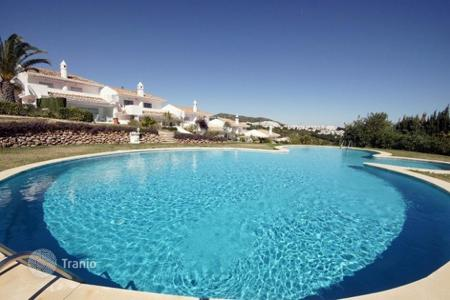 Coastal property for sale in Sitio de Calahonda. Terraced house – Sitio de Calahonda, Andalusia, Spain