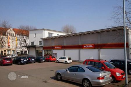Commercial property for sale in Germany. Apartment house with commercial premises in Leipzig with a 9,1% yield