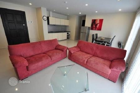 Condos for rent in Thailand. Cozy apartment in Pattaya, Thailand. Residence with a large territory with shops and restaurants, near Jomtien Beach