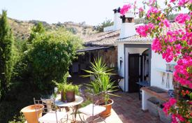Property for sale in Tavira. 3 Bedroom Traditional Country House in Peaceful Location, near Santa Catarina da Fonte do Bispo, Tavira