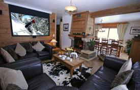 Residential to rent in Les Houches. Two-level ski in/out chalet in the famous ski resort of Chamonix, France
