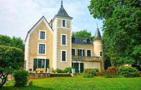 Chateaux for sale in Pays de la Loire. Castle – Nantes, Pays de la Loire, France