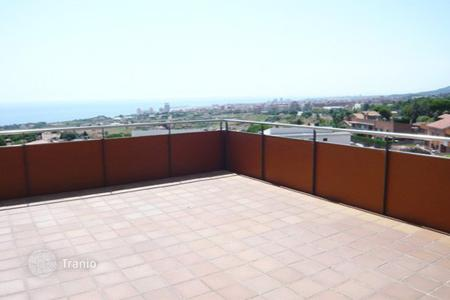 New homes for sale in Mataro. Terraced house Costa Barcelona