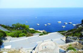 Residential for sale in Province of Lecce. Villa with stunning sea view at bargain price