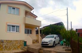 4 bedroom houses by the sea for sale in Montenegro. New two-storey house in Bar Riviera