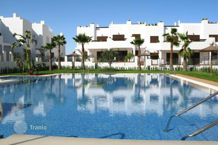 Cheap new homes for sale in San Juan de los Terreros. High quality town houses and bungalows with either garden and/or roof terrace