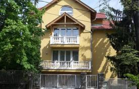 5 bedroom houses for sale in Hungary. Cozy house with a terrace, an attic and a garden, District III, Budapest, Hungary
