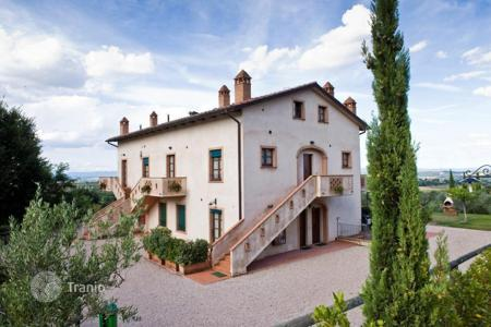 Houses for sale in Montepulciano. Mansion – Montepulciano, Tuscany, Italy