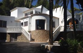 6 bedroom houses by the sea for sale in Spain. Furnished villa with a pool and a garden near the sea, Javea, Spain