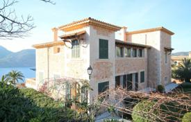 Spacious villa with a large garden, a swimming pool, a sauna and a garage, Camp de Mar, Spain for 35,000,000 €