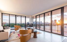 Apartments for sale in North America. Two-bedroom apartment with a corner balcony and views of the bay, in a modern condominium on the Venetian Islands, Miami Beach, Florida, USA