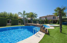 Villas and houses to rent in Valencia. Villa – Alicante, Valencia, Spain