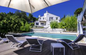 6 bedroom houses for sale in France. Renovated Provencal villa with a park, a pool and a guest house in the calm neighbourhood of Saint Paul de Vence, France