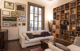Elite 3-bedroom apartment in a historic building in the Gothic Quarter, Barcelona for 780,000 €