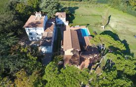 Restored estate with pool and vineyard, Monte San Savino, Italy for 2,340,000 €