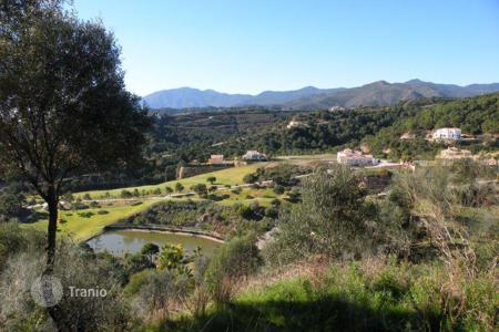 Development land for sale in Benahavis. Plot for sale in Marbella Club Golf Resort, Benahavis
