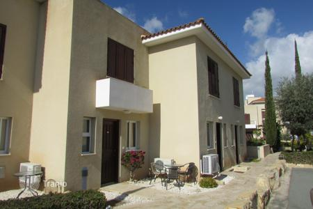 Cheap 2 bedroom houses for sale in Cyprus. 2 bed Town House in Yeroskipou
