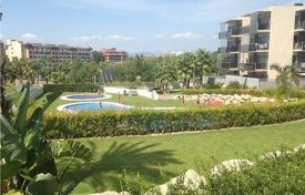 3 bedroom apartments by the sea for sale in Costa Dorada. Apartment – Salou, Catalonia, Spain