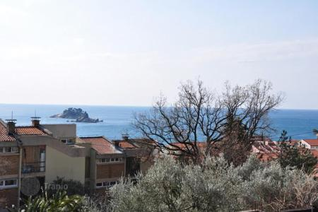 Apartments with pools by the sea for sale in Petrovac. New apartments in a residential complex near the sea in Petrovac, Montenegro