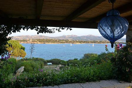 Luxury property for sale in Sardinia. In the exclusive resort of 'Villaggio Piras', on the island of La Maddalena, is the splendid Villa