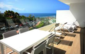 Apartments with pools for sale in La Caleta. Apartments in an exclusive residential complex in El Duque