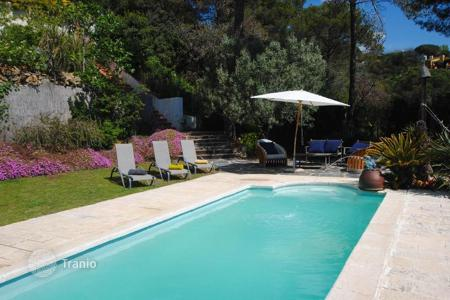 Residential for sale in Sant Cebrià de Vallalta. House for sale in Sant Cebria de Vallalta with a lovely terrace and swimming pool
