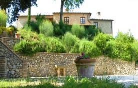 Stone villa of the XVII century with a swimming pool in San Gimignano, Tuscany, Italy for 2,200,000 €