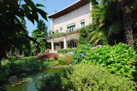 3 bedroom houses for sale in Piedmont. Villa – Lesa, Piedmont, Italy