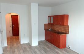 Modern apartment in a panel house, in a quiet area, near a park, Prague 4, Czech Republic for 120,000 €