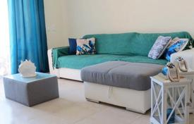 Apartments for sale in Albufeira. Two-bedroom apartment in a condominium with a pool and a garden, Albufeira, Portugal