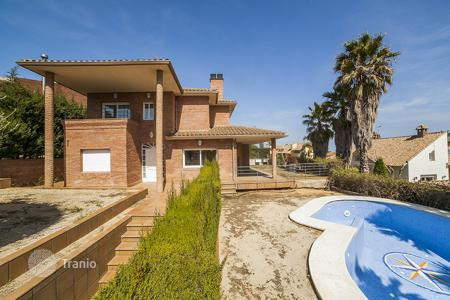 6 bedroom houses for sale in Premià de Dalt. Villa – Premià de Dalt, Catalonia, Spain