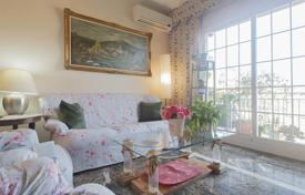 Coastal property for sale in Barcelona. Spacious and bright apartment for sale in Badalona, area Morera