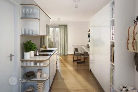 Cheap apartments for sale in Germany. Studio apartment with yield of 4.3% in modern residential complex, Berlin, Germany