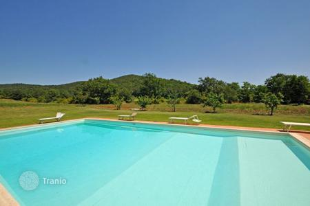 Apartments to rent in Tuscany. Apartment – Marsiliana, Tuscany, Italy