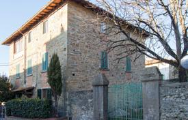 Apartments for sale in Tuscany. Apartment – Cavriglia, Tuscany, Italy